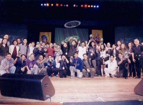 2001 Philippine Web Awards group pic - winners